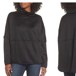 NWT North Face Cozy Slacker Poncho top black large